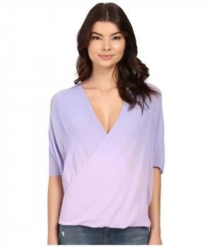 Блузка женская фиолетового цвета