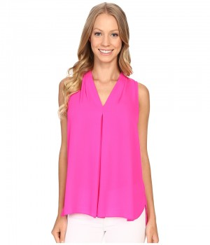 Блузка женская розовая без рукавов