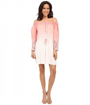 Платье розовое с длинным рукавом