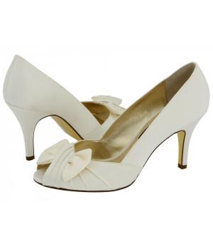 Туфли женские белые с бантом